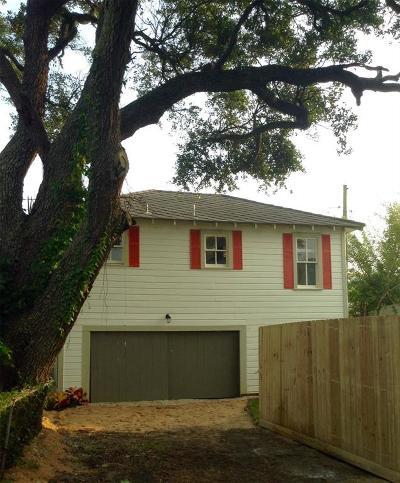 Galveston TX Single Family Home For Sale: $175,000