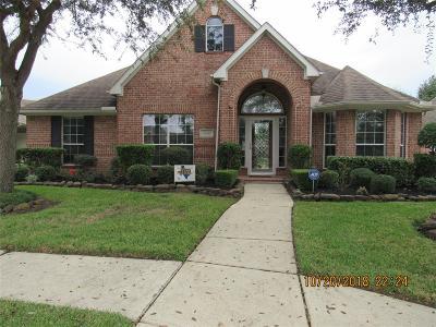 Baytown Single Family Home For Sale: 4226 Bear Creek Trace