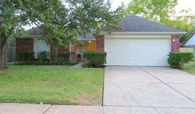 Pearland Single Family Home For Sale: 4710 Linden Place