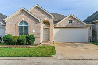 Houston Single Family Home For Sale: 17818 N White Tail Court