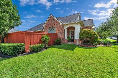 Single Family Home For Sale: 12026 Arcadia Bend Lane
