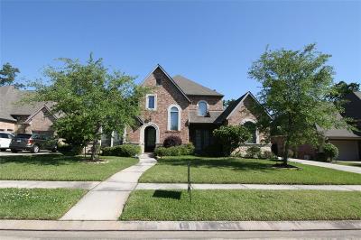 Spring Single Family Home For Sale: 2422 Hendricks Lakes Drive