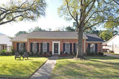 Houston Single Family Home For Sale: 10703 Chevy Chase Drive