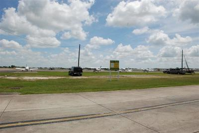 Pearland Residential Lots & Land For Sale: Tract D Airfield Lane