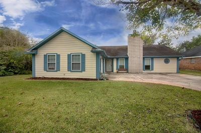 League City Single Family Home For Sale: 5605 Buttercup Street