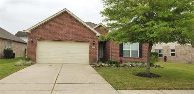 Rosenberg Single Family Home For Sale: 8214 Clover Leaf Drive
