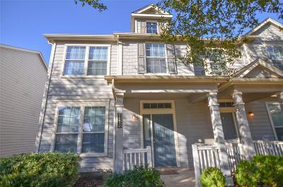 Condo/Townhouse For Sale: 16830 Pine Castle Drive