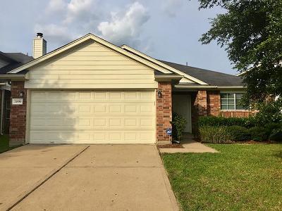 Humble Single Family Home For Sale: 21530 Skyla Circle