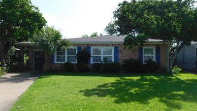 Galveston Single Family Home For Sale: 128 San Marino Drive
