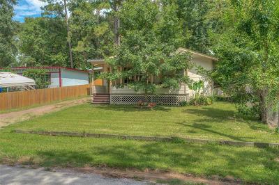 Montgomery Single Family Home For Sale: 1565 E Pine Lake Circle