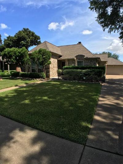 Deer Park Single Family Home For Sale: 702 Regency Drive