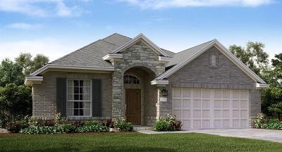 La Marque Single Family Home For Sale: 676 Copper Bend Lane