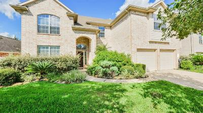 Pearland Single Family Home For Sale: 12303 Winding Shores Drive