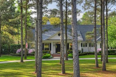 Magnolia Single Family Home For Sale: 32802 Crestlake Boulevard