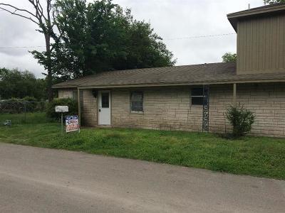 Texas City Single Family Home For Sale: 5908 Clemons Lane