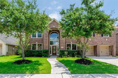 Sugar Land Single Family Home For Sale: 5439 Beacon Springs Lane