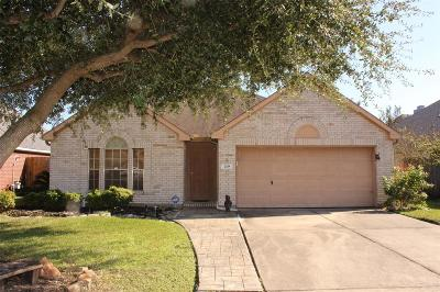 La Porte Single Family Home For Sale: 208 Spencer Landing E