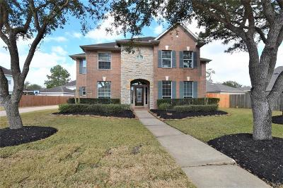 Dickinson, Friendswood Single Family Home For Sale: 3121 Maple Hill Drive