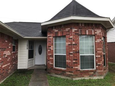 La Porte Single Family Home For Sale: 11038 Deaf Smith Street