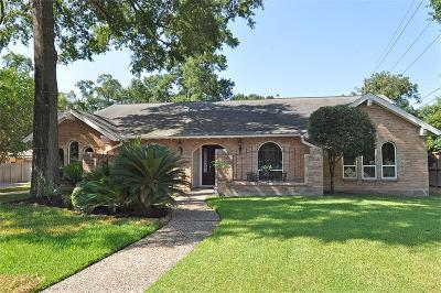Kingwood Single Family Home For Sale: 2302 Pine Terrace Drive