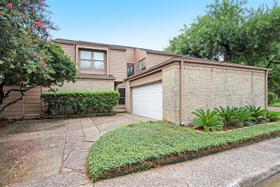 Single Family Home For Sale: 16802 Pinemoor Way