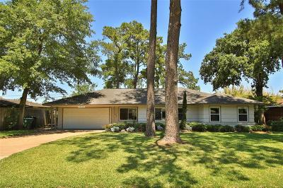Houston Single Family Home For Sale: 10226 Moorberry Lane