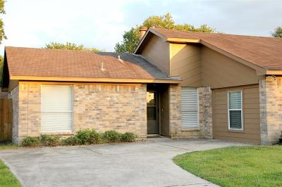 League City TX Single Family Home For Sale: $156,500