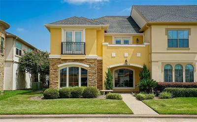 Houston Condo/Townhouse For Sale: 14454 Summerleaf Lane