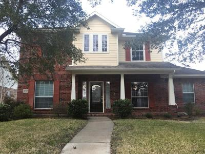 Pearland Single Family Home For Sale: 4003 E Timber Cut Court