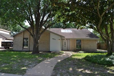 Single Family Home For Sale: 15711 Tumbling Rapids Drive