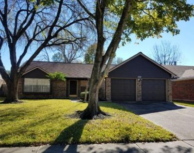 Friendswood Single Family Home For Sale: 2207 Tall Ships Drive