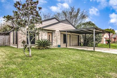 Pasadena Single Family Home For Sale: 3810 Providence Lane
