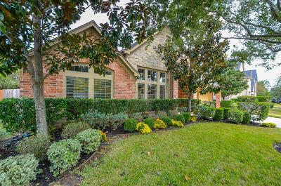 Lakeshore, Lakeshore Pt Sec 08 Rep 01, Lakeshore Sec 01, Lakeshore Sec 04, Lakeshore Sec 05, Lakeshore Sec 06, Lakeshore Sec 08, Lakeshore Sec 1, Lakeshore Sec 12, Lakeshore Sec 14 Amd, Lakeshore Sec 2, Lakeshore Sec 5, Lakeshore Sec 9 Single Family Home For Sale: 13407 Redwood Shores Drive