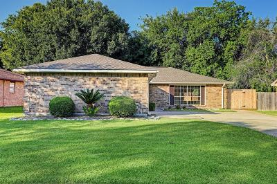League City Single Family Home For Sale: 306 Knoll Forest Drive Drive