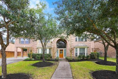 Houston Single Family Home For Sale: 15723 Bellforest Court