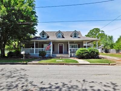 Bellville Single Family Home For Sale: 410 N Cochran Street