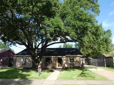 Tanglewilde Single Family Home For Sale: 3406 Rockyridge Drive
