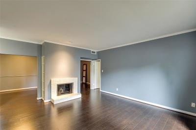 Houston Condo/Townhouse For Sale: 2100 Tanglewilde Street #653