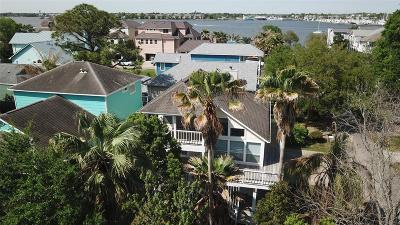 Clear Lake Shores Single Family Home For Sale: 1020 Juniper Road