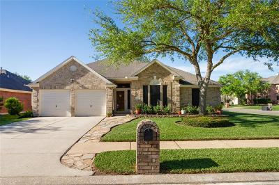 La Porte Single Family Home For Sale: 11009 Thornwood Drive