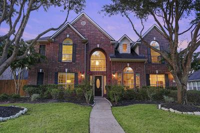 Katy Single Family Home For Sale: 5211 Highland Falls Lane