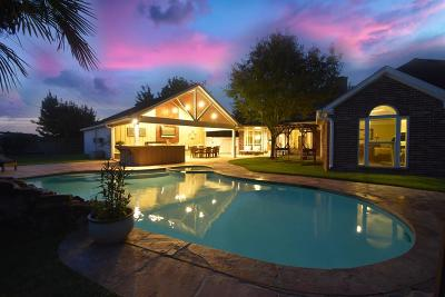 Sugar Land Single Family Home For Sale: 5022 Berkshire Court