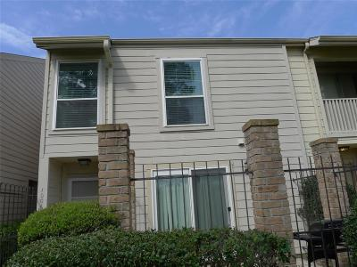Galveston County, Harris County Condo/Townhouse For Sale: 800 Country Place Drive #1006