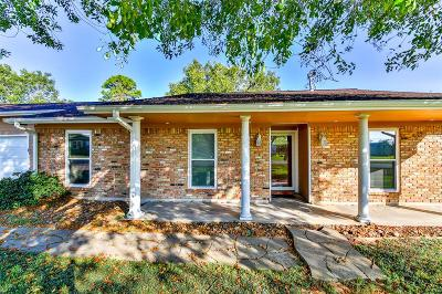La Porte Single Family Home For Sale: 11809 Plainbrook Street