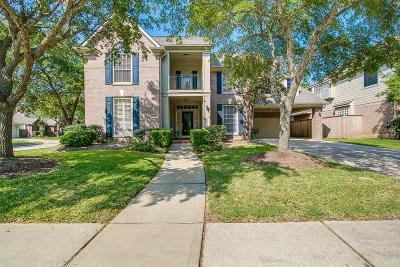 Sugar Land Single Family Home For Sale: 7915 Garden Bend