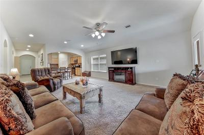 Single Family Home For Sale: 118 Country Crossing Circle