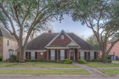 Sugar Land Single Family Home For Sale: 4515 Castlewood Street