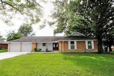 Willis Single Family Home For Sale: 10251 Cude Cemetery Road
