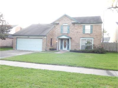 Houston Single Family Home For Sale: 10302 Saddlehorn Trl