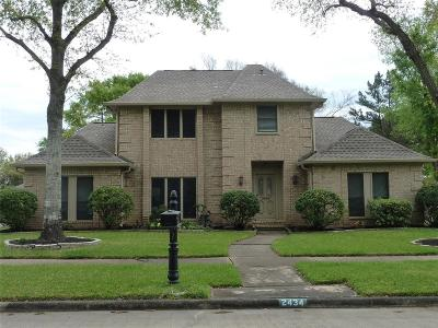 Sugar Land Single Family Home For Sale: 2434 Hodges Bend Circle